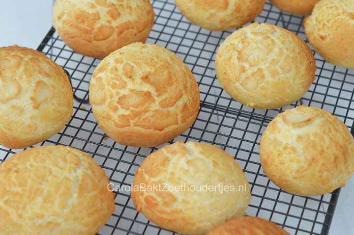 Hoe maak je zelf tijgerbrood en tijgerbolletjes? Ik laat het je stap voor stap zien. Binnenkort bak jij brood met zo'n lekker knapperig korstje!