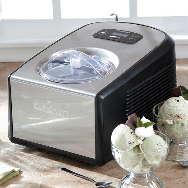 Confessa, vai, esta máquina de #sorvete é o que você quer, né? http://montacasa.gudecor.com.br/blog/sorveteira-cuisinart/ #cuisinart