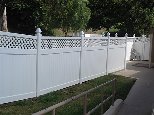 Ideas For Future Front Yard Privacy Fence That Still