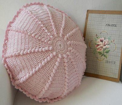 Crochet inspiration - pillow