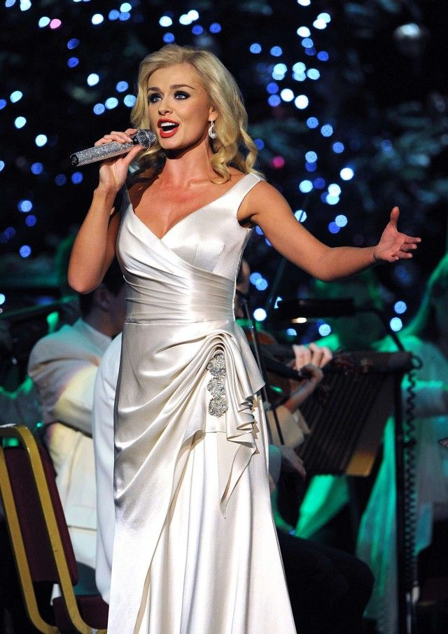 Katherine Jenkins-literally my favorite vocalist ever. I love her!