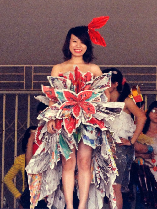 Turn Recycled Plastic Bags into a wearable clothes