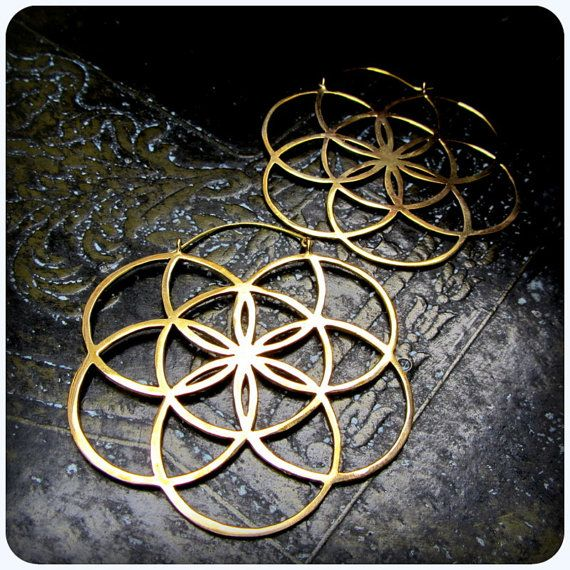 Sacred Geometry Seed of Life Earrings. Gold Brass Fits in Gauges and Tunnels. Burning Man and Festival Stylee.    I designed these to be big