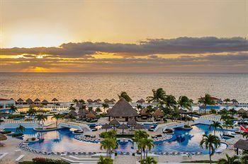 Moon Palace Golf & Spa Resort @Melissa Carstairs First choice so far!