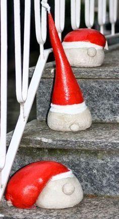 Kreative Ideen rund ums Basteln, Scrapbooking , Kochen und Backen: Weihnachtsmannköpfe aus Beton