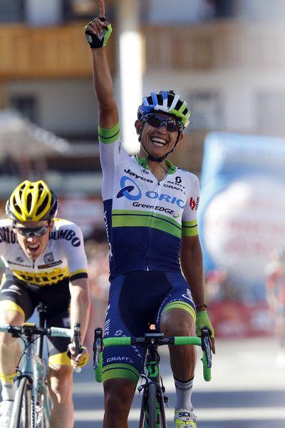 Esteban Chaves wins stage 14 Giro d'Italia 2016 AFP / LUK BENIES