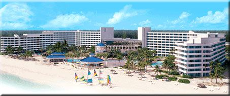 Bahamas Hotel - Radisson Cable Beach Resort Nassau Bahamas.. yes they were in that hot tub, too.. just like claim jumpers