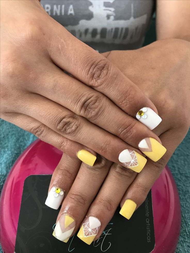 Nail Goals: 17 Best Ideas About Yellow Nails On Pinterest