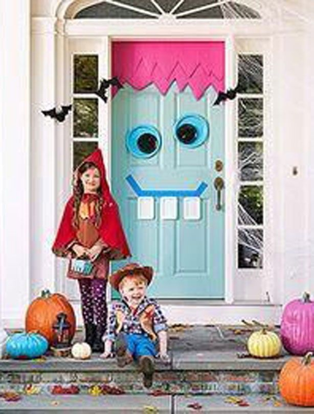 Friendly monster door - Halloween party ideas: Monster Doors