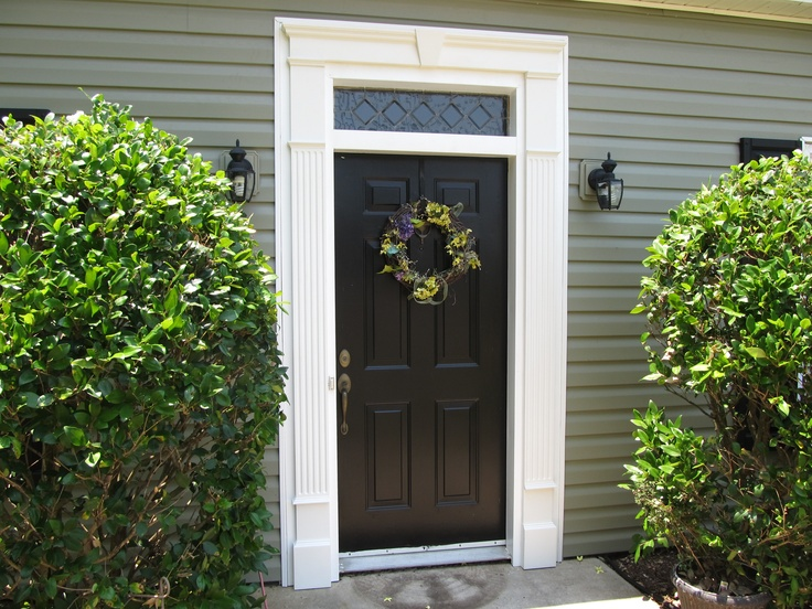 Vinyl door surround with keystone home decor pinterest - Decorative exterior door pediments ...