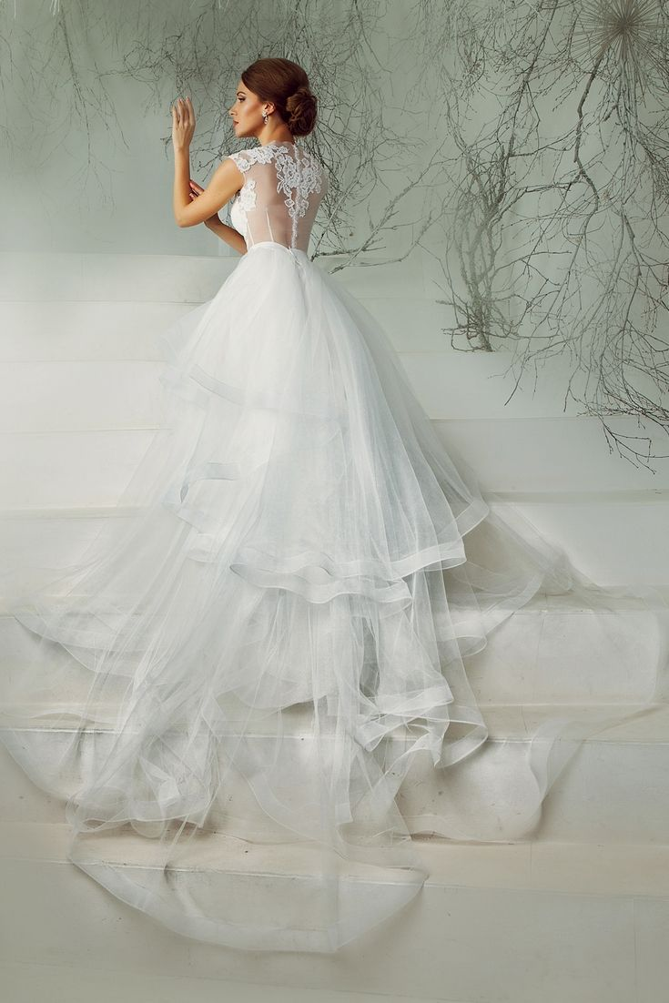 Wedding Gown Trends To Lookout For Your Wedding - Amazing Wedding ...