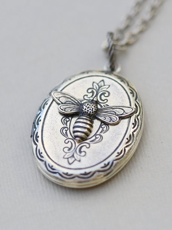 Silver Bee Locket,Silver Locket,Locket,Silver Bee Locket,Silver Chain,Locket Necklace,Wedding Necklace on Etsy, $29.99