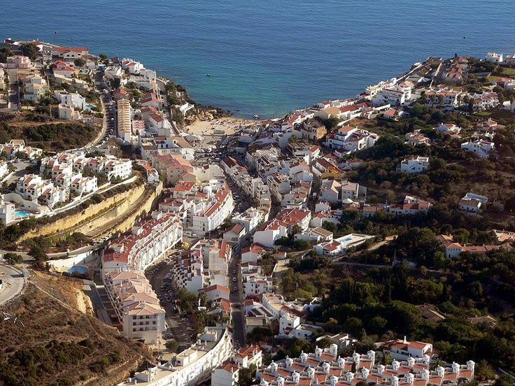 Resultados da pesquisa de http://www.carvoeiro-townhouse.com/images/Carvoeiro-from-air.jpg no Google
