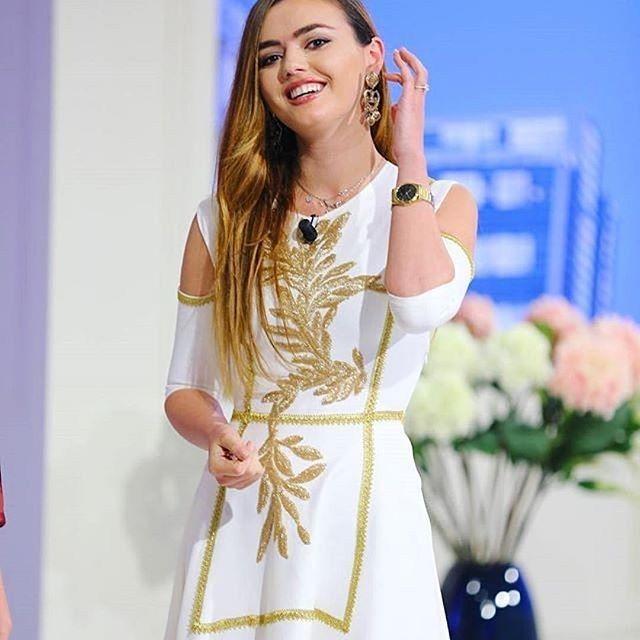 STELLA SALLAKU #fashiondesigner of @maison_stellasallaku  #womenswear & #hautecouture clothing from the #Balkans available at @jaante_showroom #fashionshowroom lshowcasing #emergingdesigner & #premiumbrands, #footwear and #accessories. #switzerland #uae #spain #belgium #multibrand #conceptstore #showroom #whitedress #blondgirl #stylist #tvhost #stellasallaku #zurichnews #mode #shopping