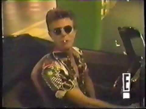 David Bowie – Moving His E-Type Jaguar (1991) David Bowie News | The Ultimate David Bowie Fan Site!