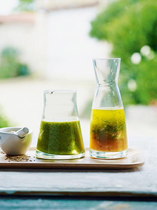 Prepara estos aderezos: Cilantro y ajonjolí tostado, y eneldo y naranja con aceite de nuez. #Recetas #FoodAndTravelMX