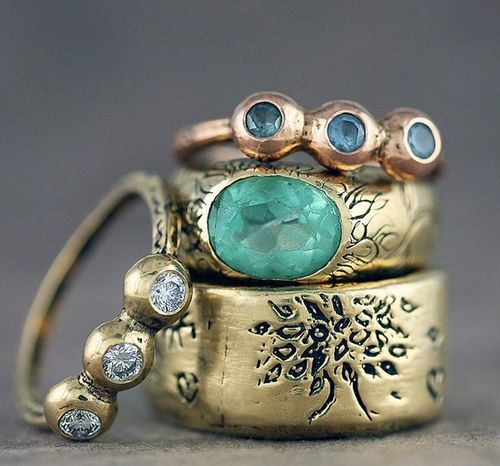 Vintage gold rings with tree and blue gems