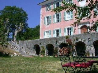 La Penne landhuis - landhuis met garden chairs in La Penne - 579256 | HomeAway