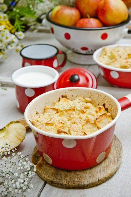 Kokosowa zapiekanka z kaszy jaglanej i jabłek: ok. 420 kcal