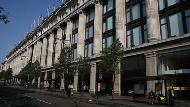 Selfridges- Where the original Paddington came from- is one of the world's finest department stores. From high fashion to hi-fi, wardrobe co-ordination to wedding lists, it's every shop you'll ever need.