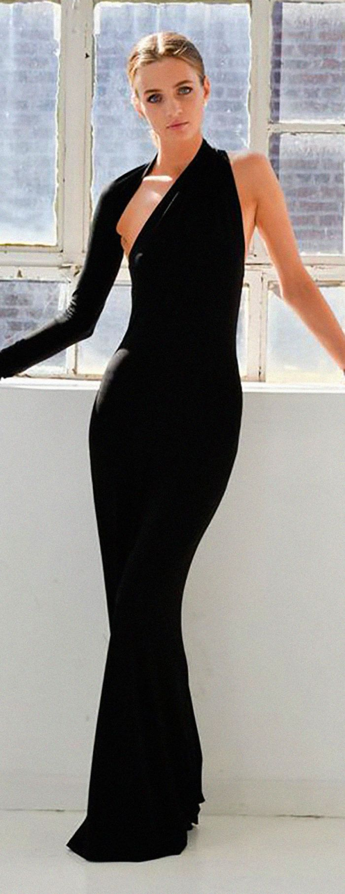 Best 25  Pretty black dresses ideas on Pinterest | Simple ubrania ...