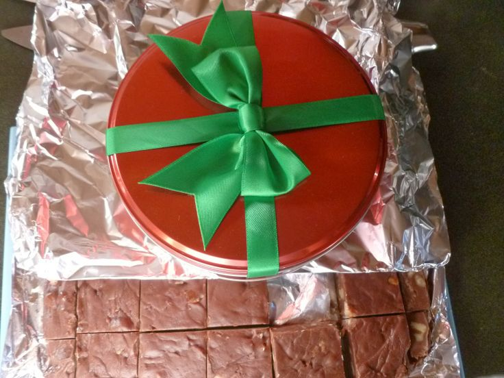 super easy chocolate-walnut fudge | Food | Pinterest