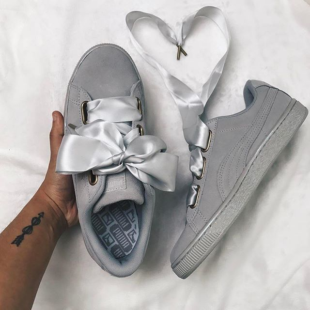 Puma Heart by @actually_ashly . . . #gomf #girlsonmyfeet