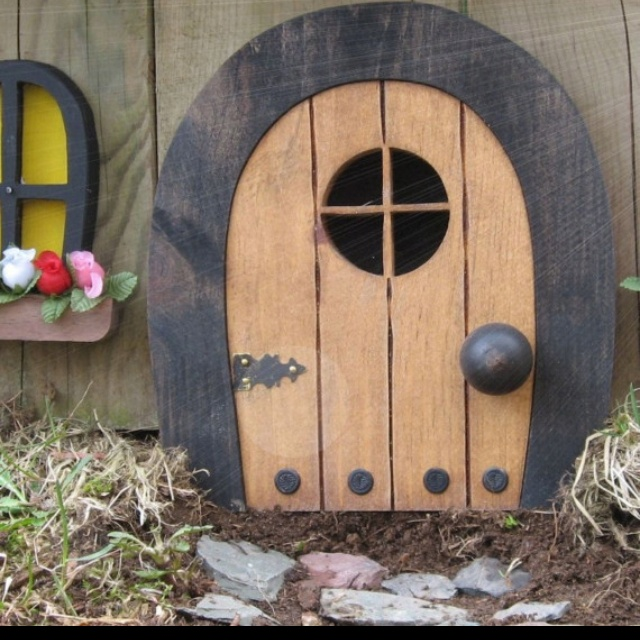 "LOVE having one of these in my classroom!  Magic for the kids, and they write to the ""book fairy!""Fairies Doors, Doors Faeries, Renaissance Festival, Elf Doors, Doors Elf, Book Fairies, Elves, Gnomes Doors, Fairy Doors"