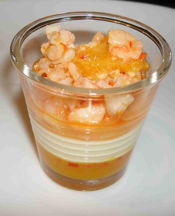 bushcooks kitchen: Grosses Fingerfood-Buffet: Crevetten-Zitrus-Salat mit Sauerrahmmousse und Orangen-Chili-Gelee