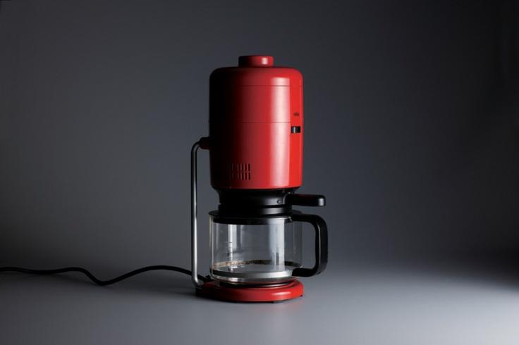WORK: Braun coffee machine (KF 20 Aromaster), 1972