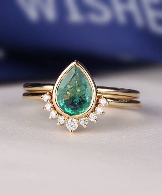 Emerald Engagement Ring Set Pear Shaped cut wedding ring women vintage Curved Band Diamond Bridal jewelry birthstone Stacking drop gift #BridalJewelry