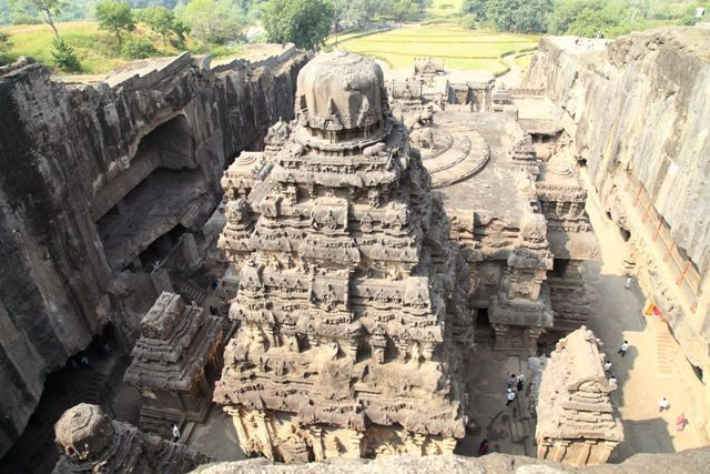 aurangabad hindu personals A cultural milieu aurangabad is a city that is a confluence of many cultures over the years, it has been ruled by hindu, muslim and buddhist dynasties that have each added something new to this city.