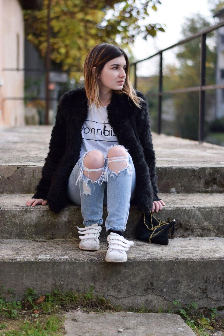 faux fur fourrure coat pimkie lyonnaise lyon jean destroy Asos adidas superstar