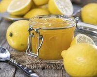 Confiture de citron fait maison : http://www.fourchette-et-bikini.fr/recettes/recettes-minceur/confiture-de-citron-fait-maison.html