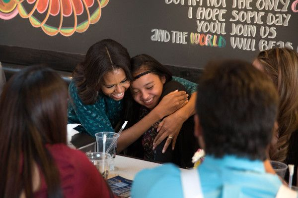 Standing Rock Sioux Tribe Youth Have Pizza with President & First Lady Obama in DC