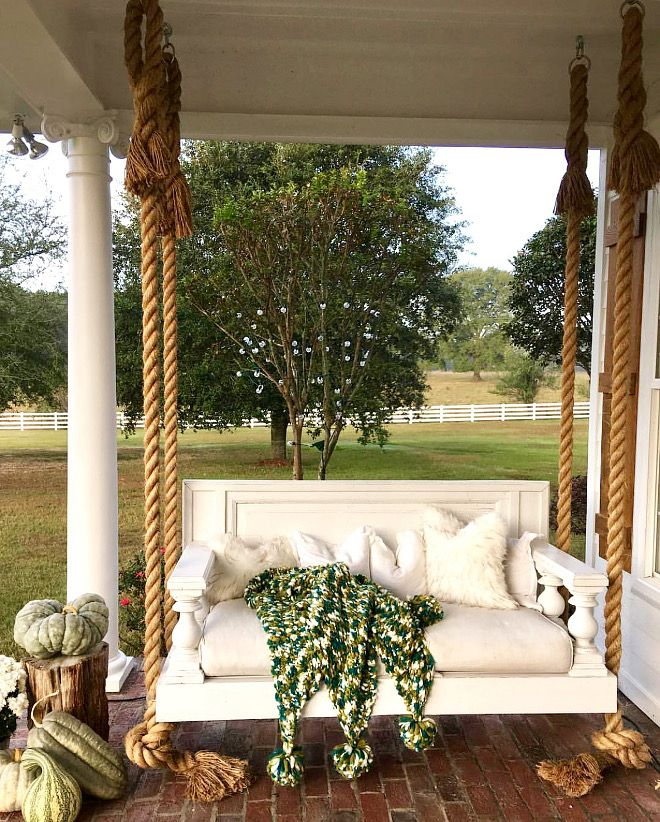 611 best front porch images on pinterest for Farmhouse porch swing