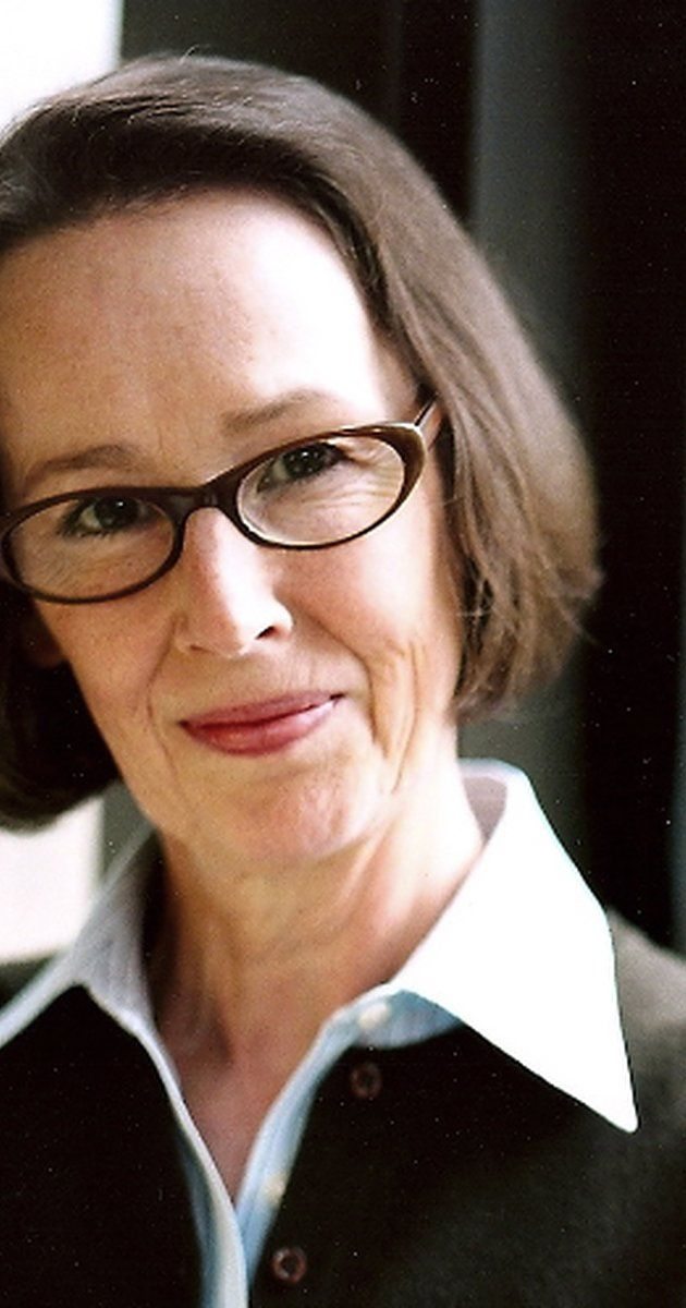 Mr Kaplan - Susan Blommaert was born on October 13, 1947 in the USA. She is an actress, known for Edward Scissorhands (1990), Doubt (2008) and United 93 (2006).
