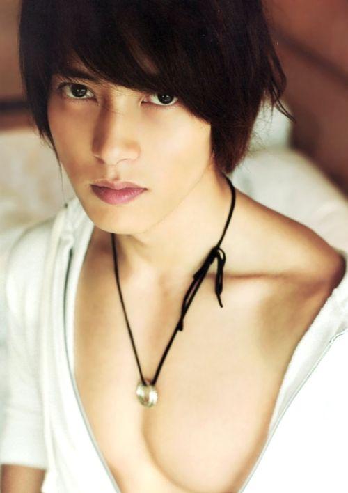 oh those eyes! #yamapi --- Yamashita Tomohisa