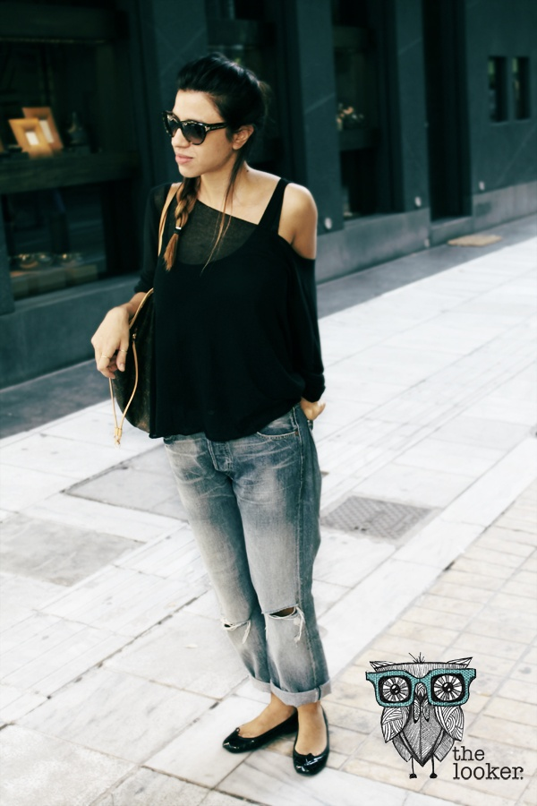 The Bf Jeans Elegance  http://the-looker.blogspot.gr