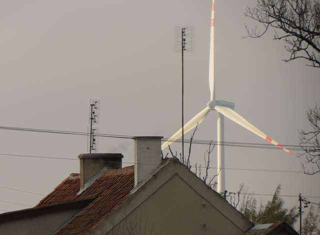 Farma wiatrowa w Nieznanowicach http://www.nieznanowice.pl/farma-wiatrowa-w-nieznanowicach