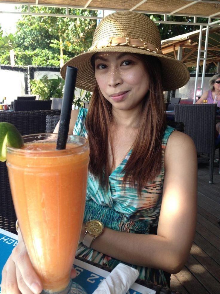 Sanur Beach and Bennos Restaurant Bali honeymoon, Beach