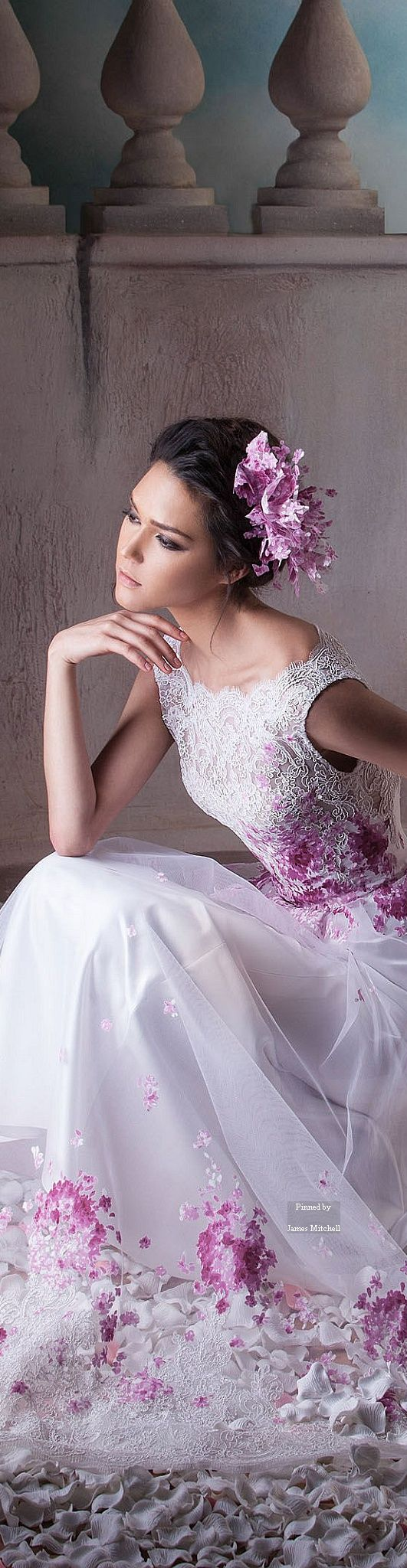 Hanna Touma Couture Spring-summer 2015. The only not total white wedding dress that I actually like