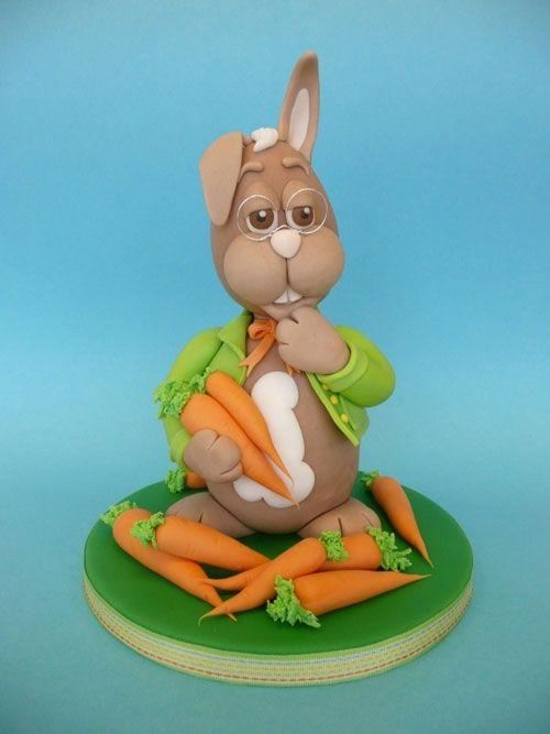 Torta di Pasqua con il coniglietto dotto