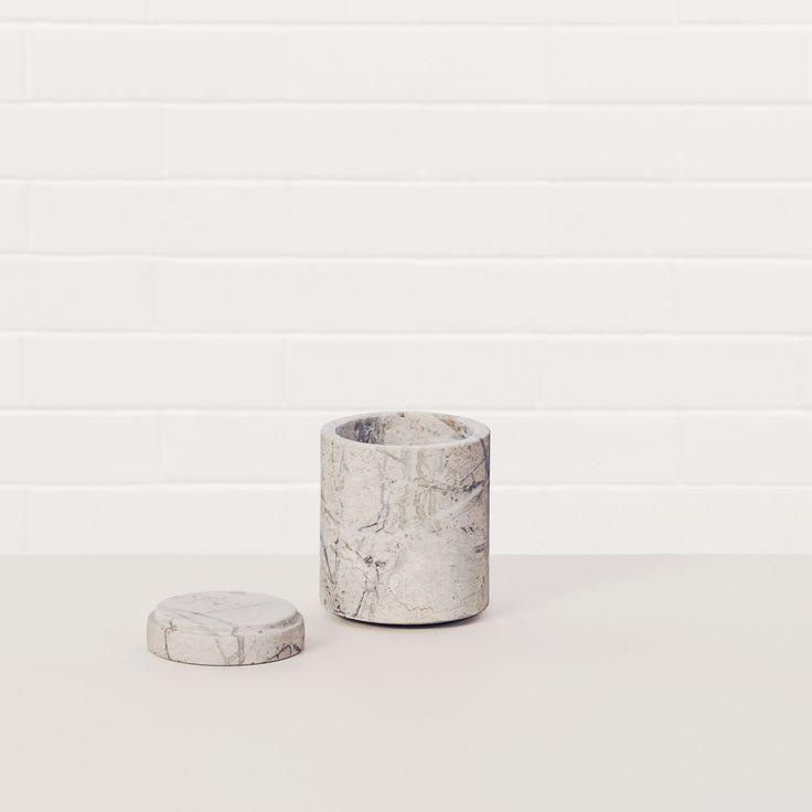 Cont M by Michael Verheyden