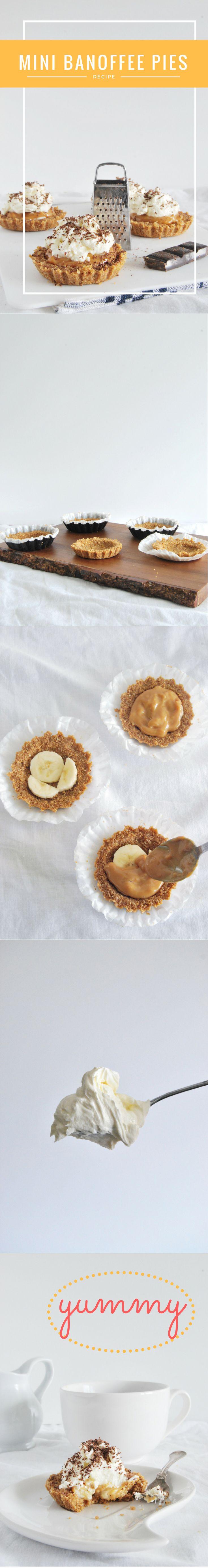 Mini Banoffee Pies Piecrust, banana, caramel, cream. (Mini kruche babeczki z bananem, karmelem i kremem)
