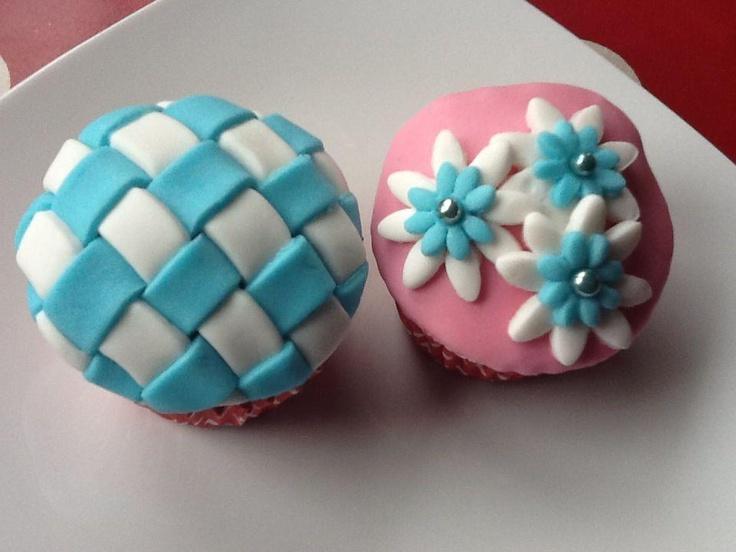 Mutfak Maceralarım: Şeker Hamuru Kaplamalı Cupcake'lerim
