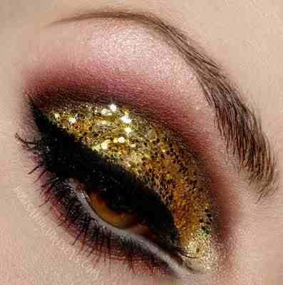 #SephoraColorWash: Make Up, Gold Glitter, Eye Makeup, Gold Sparkle, Beauty, Hair, Glitter Eye, Eyes, Makeup Idea