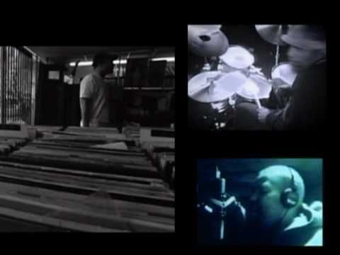 midnight in a perfect world • 1996 • dj shadow • a groove for @Kim Kiwi <3