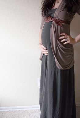 I would *love* a soft, versatile maxi like this. Dresses that are cinched or…