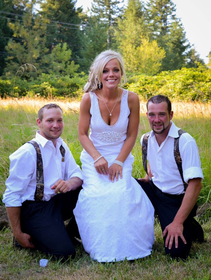 Bride brothers groomsmen summer outdoors wedding lace for Dress for my brothers wedding